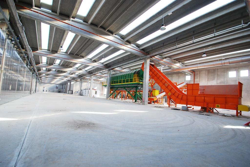 Impianto di illuminazione capannoni Alenia - Foggia