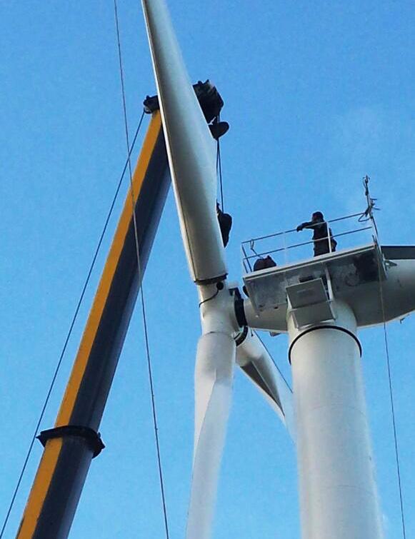 Installazione turbina eolica SEI 60 KW - Società Elettrica Italiana